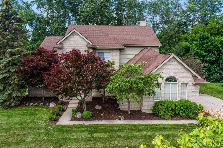 4660 Sawgrass Property Photo