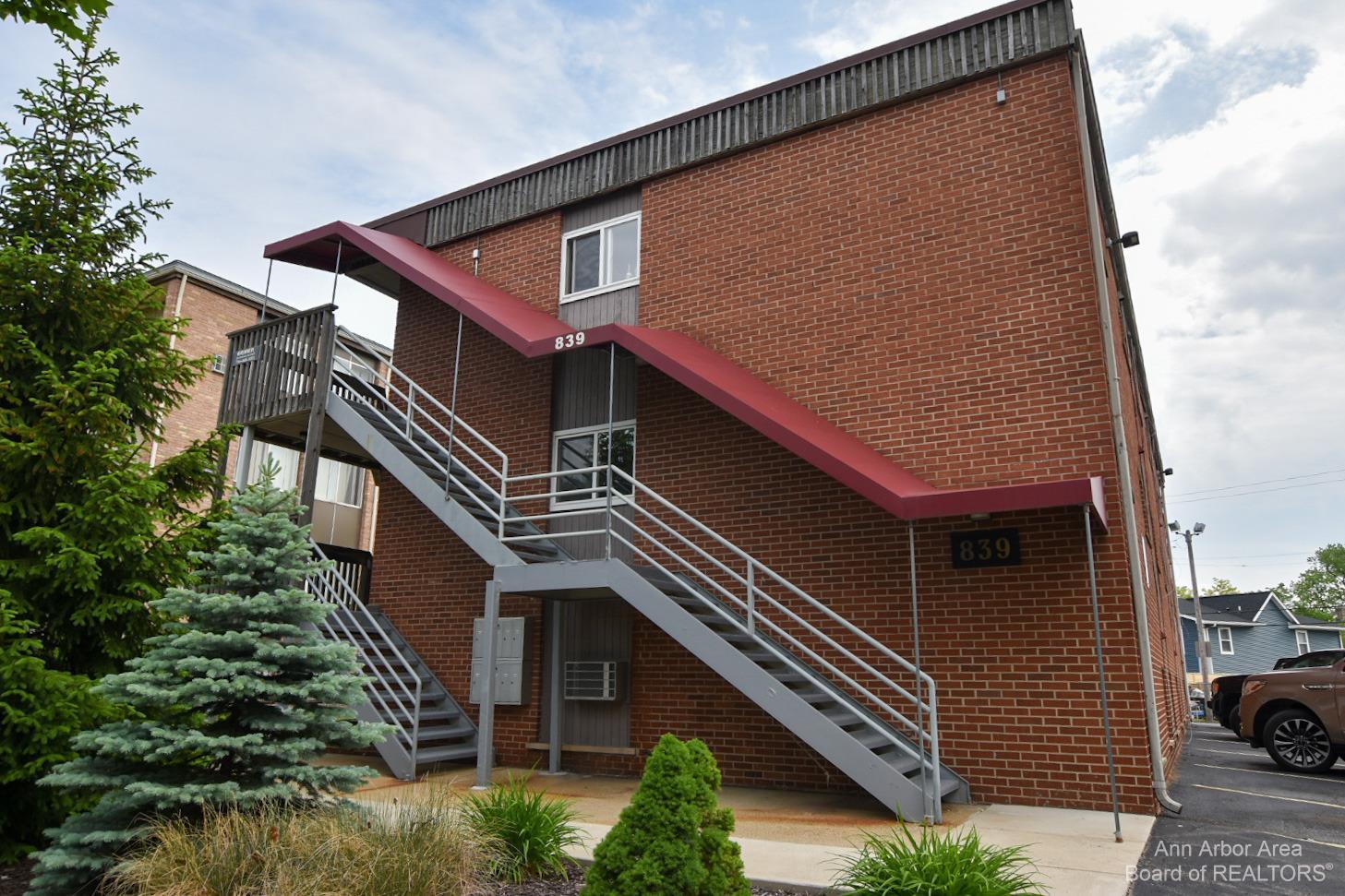 839 Tappan Avenue Property Photo