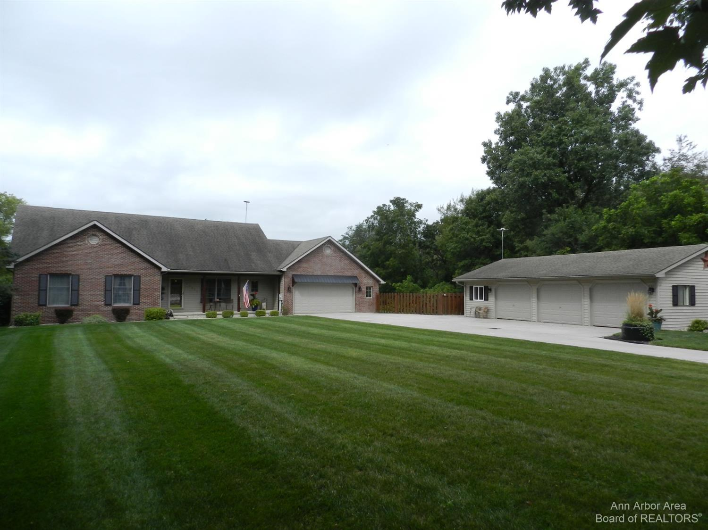 11157 Village Lane Property Photo