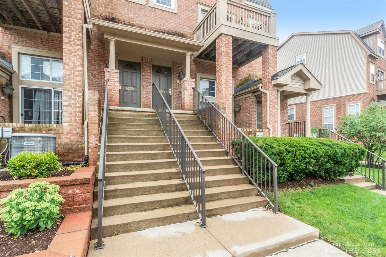 2832 Barclay Way Property Photo 1