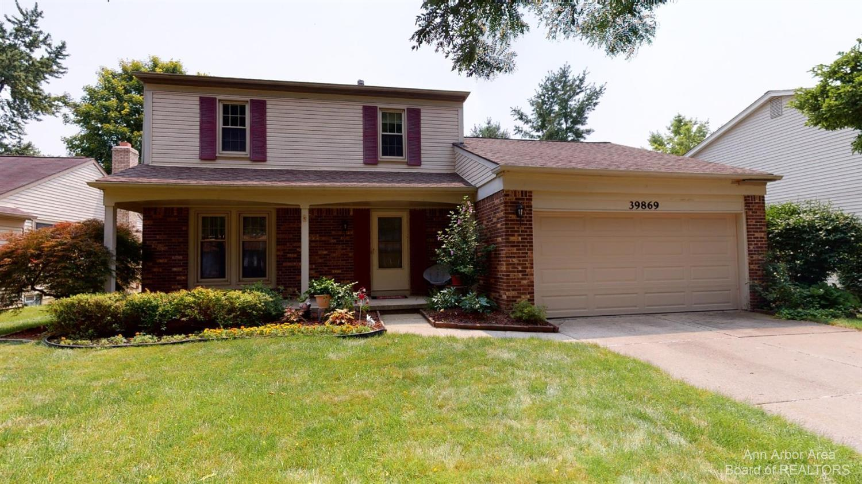 39869 Fox Valley Drive Property Photo