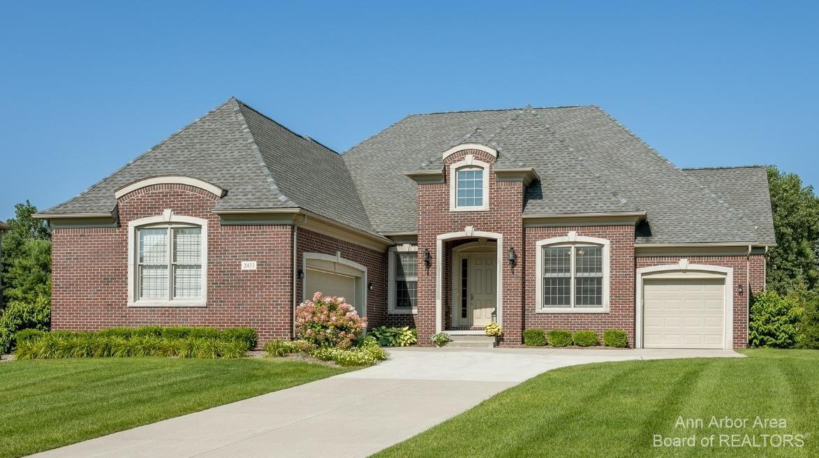 2433 Woodview Lane Property Photo