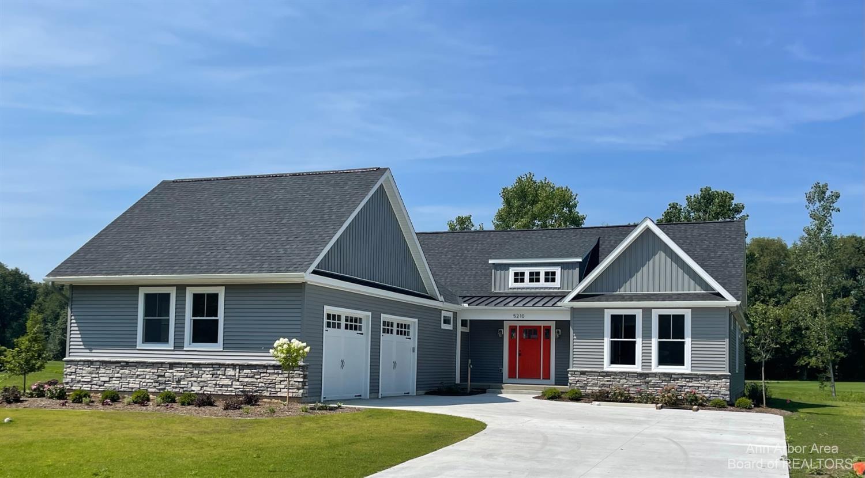5210 Grande View Lane Property Photo 1