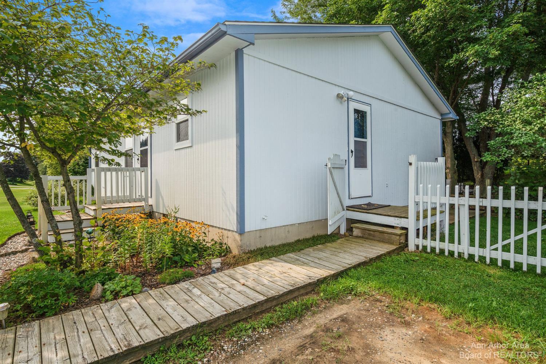 18280 Berkshire Drive Property Photo