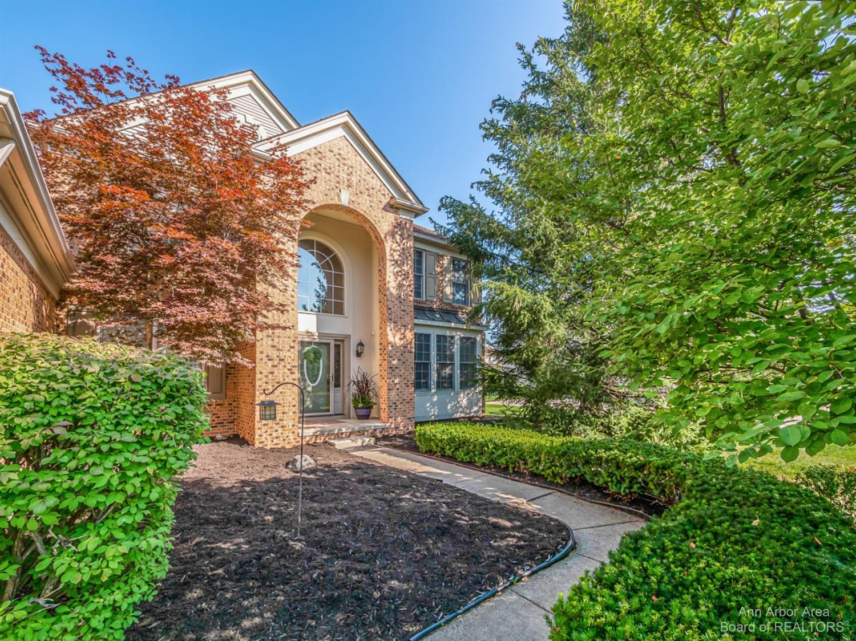 47546 Ashford Drive Property Photo 1