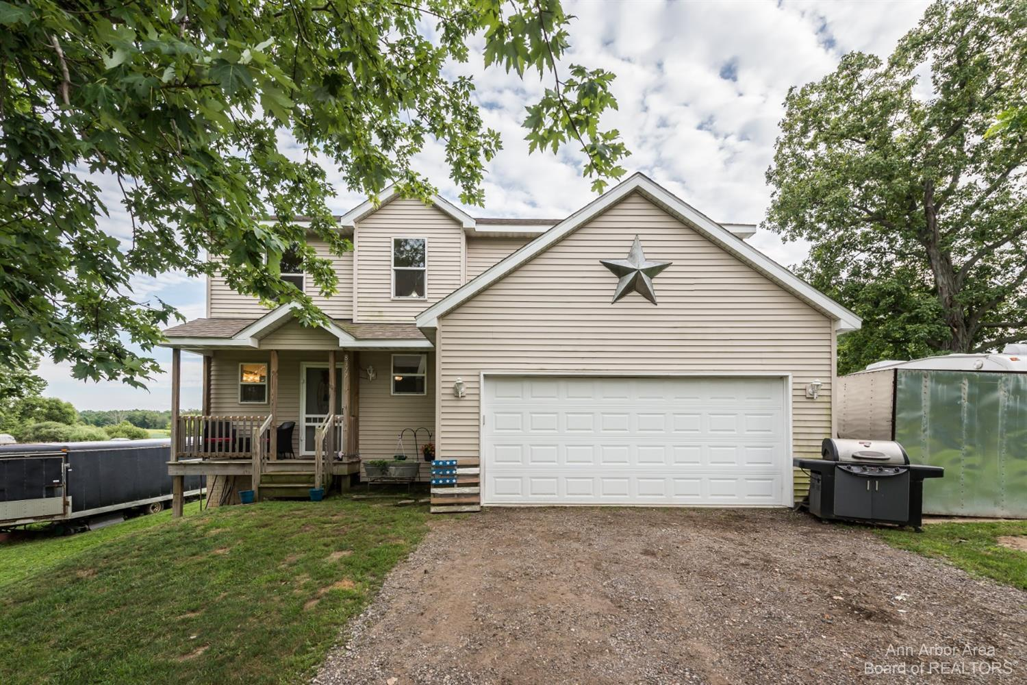 Fowlerville Real Estate Listings Main Image