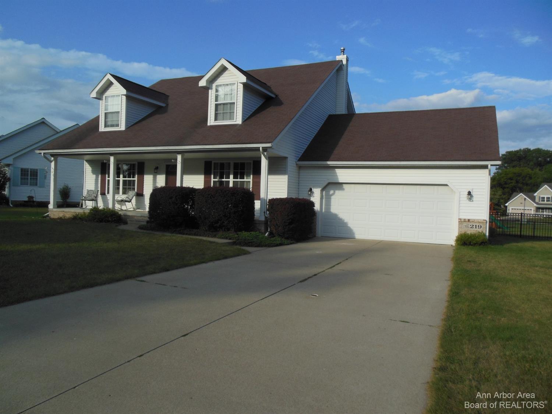 219 Glenwood Circle Property Photo