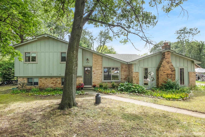 990 Tierney Avenue Property Photo 1