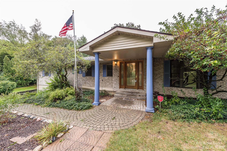 8472 Crane Road Property Photo