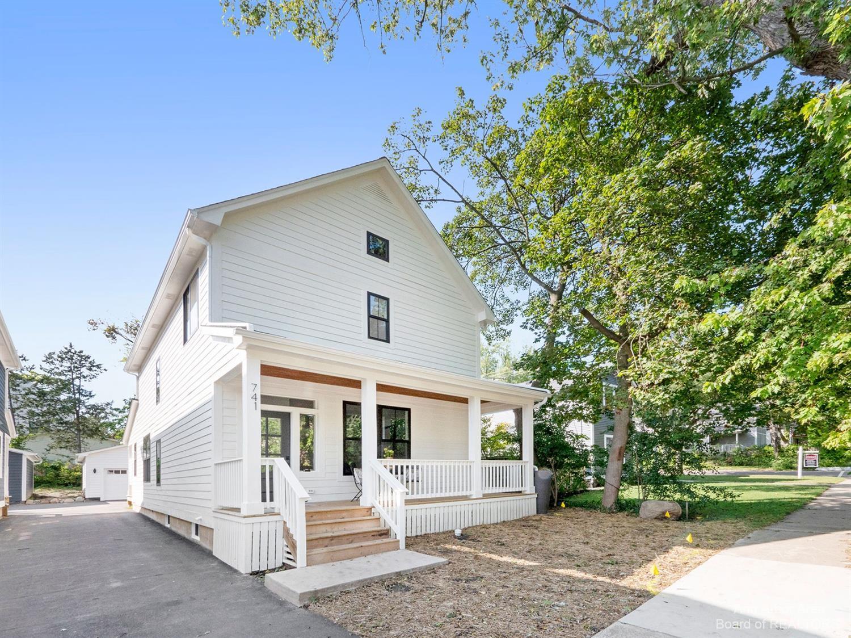 741 Gott Street Property Photo 1