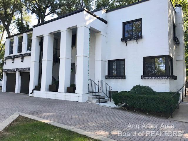 4158 Washtenaw Avenue Property Photo