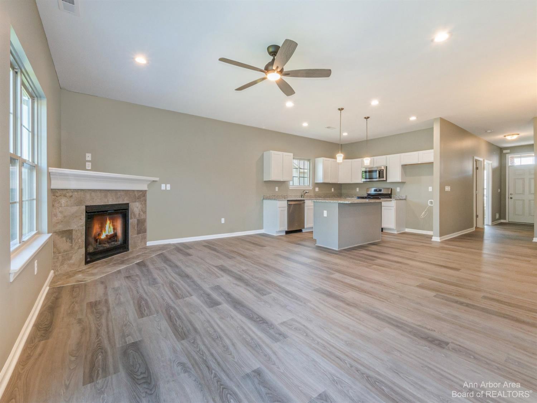 24006 White Pine Street Property Photo