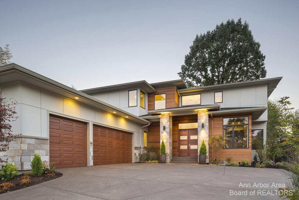 4995 Saddleridge Trail Property Photo