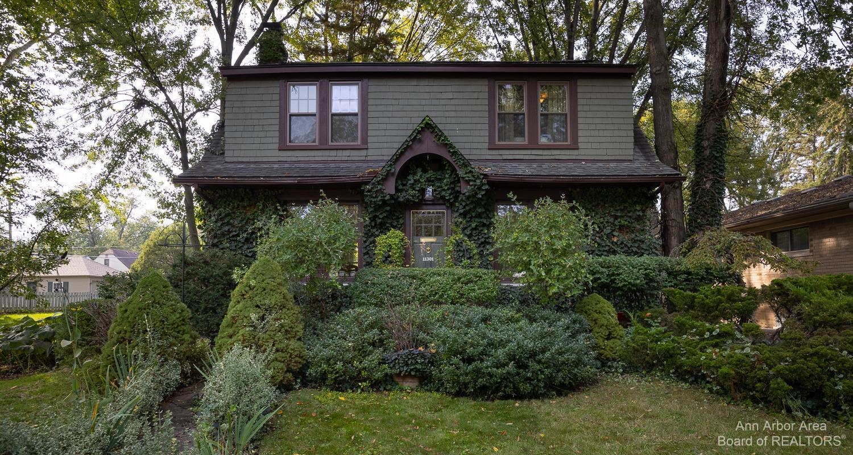 11301 Ingram Street Property Photo