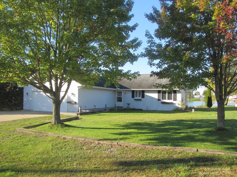 4334 Oak Glen Property Photo