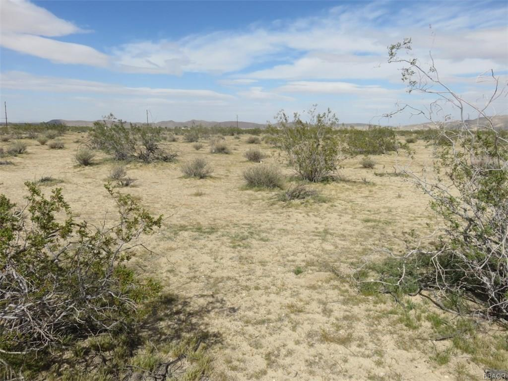 0 Desert Trail Drive Property Photo - Joshua Tree, CA real estate listing