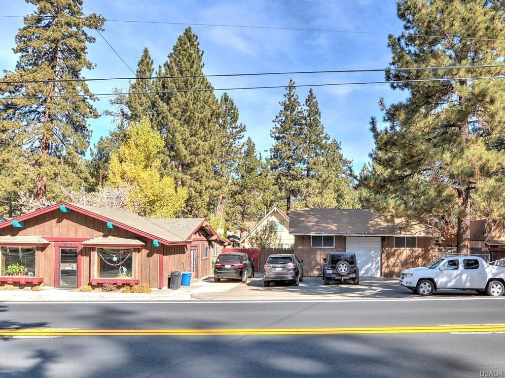929 West Big Bear Boulevard Property Photo