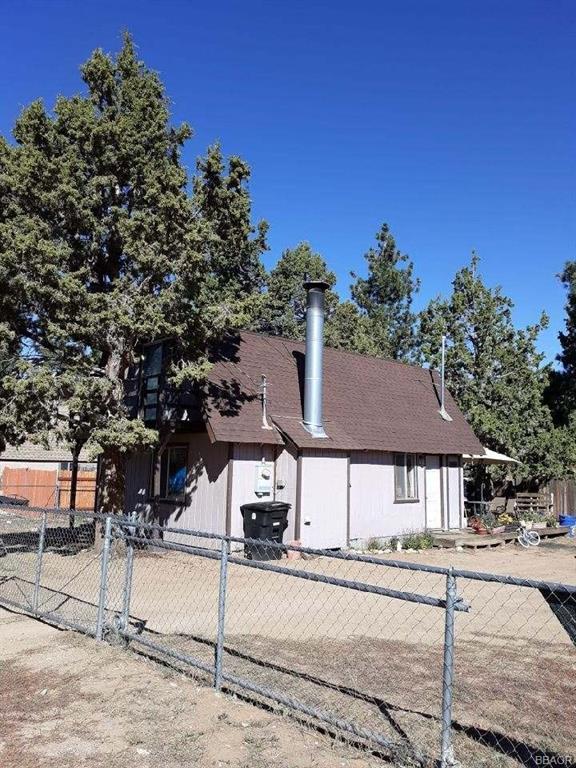 2093 9th Lane Property Photo