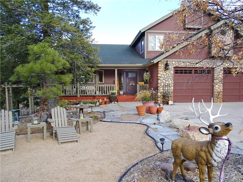 1634 Tuolumne Road Property Photo - Big Bear City, CA real estate listing