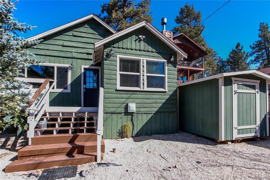689 Daisy Lane, Big Bear Lake, CA 92386 - Big Bear Lake, CA real estate listing