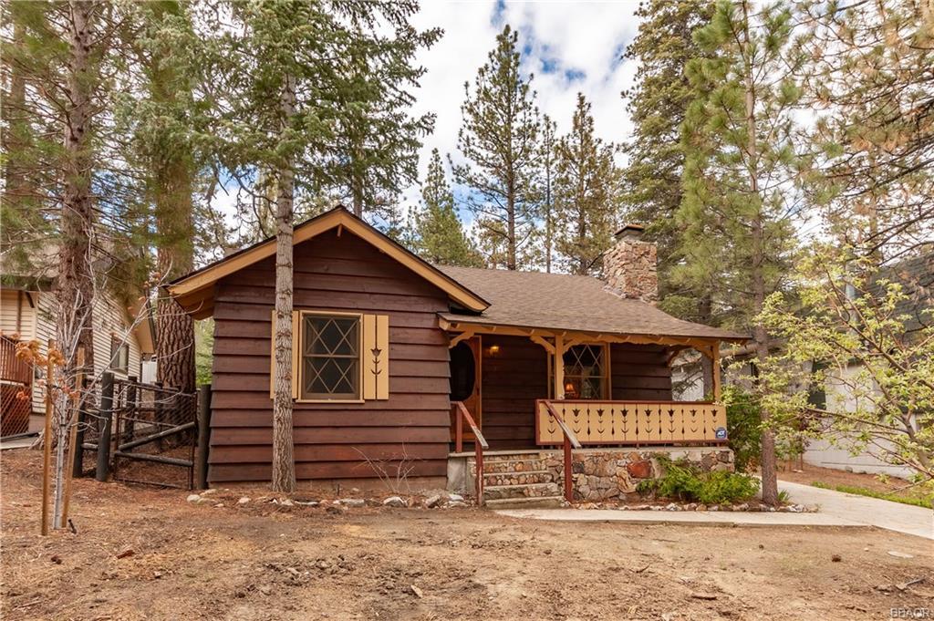 43083 Sunset Drive Property Photo