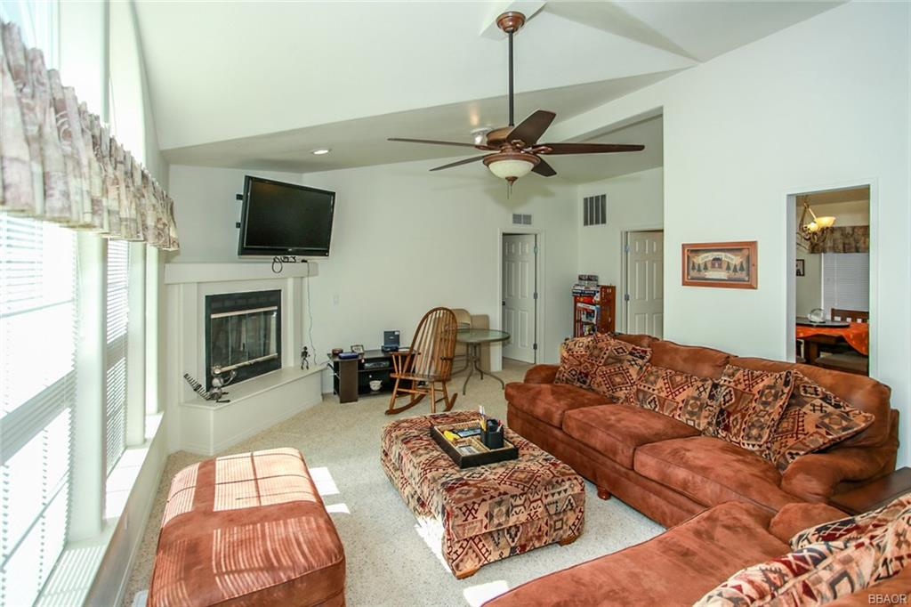 516 W Sherwood Boulevard, Big Bear City, CA 92314 - Big Bear City, CA real estate listing
