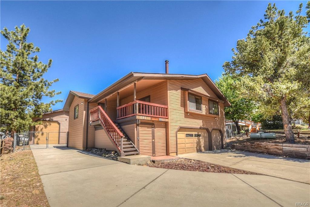 1259 Pinewood Drive Property Photo