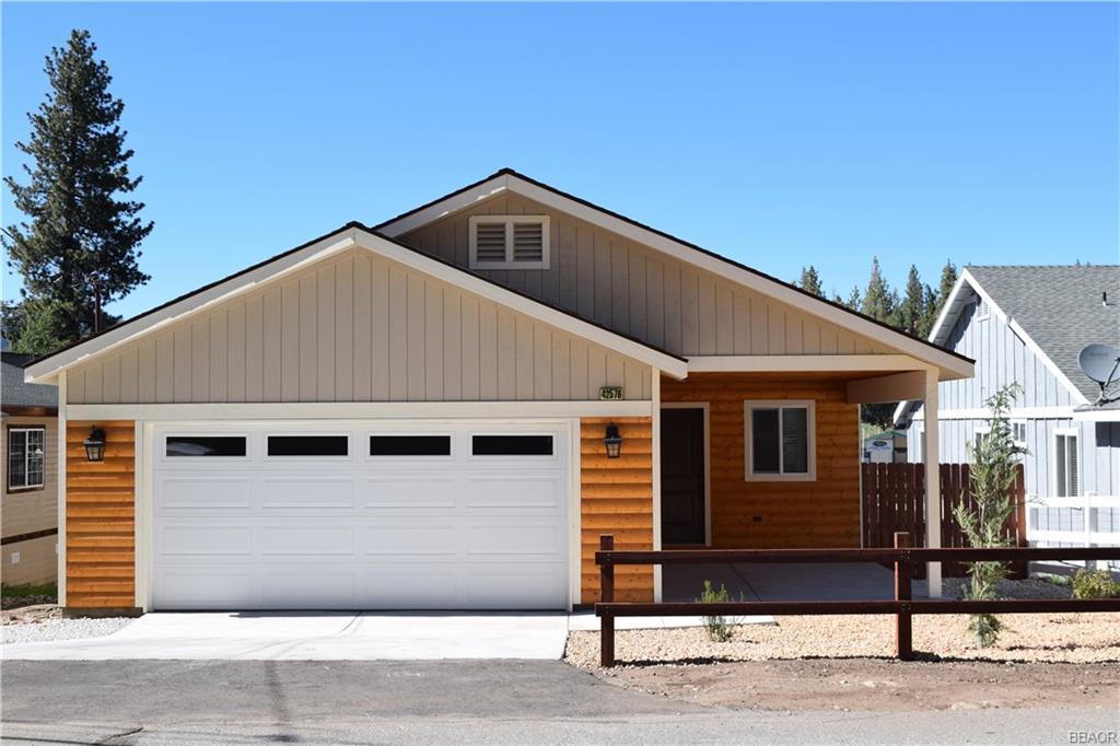 42576 Falcon Avenue Property Photo