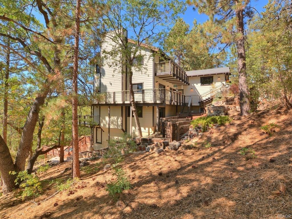 978 Deer Trail Property Photo - Fawnskin, CA real estate listing