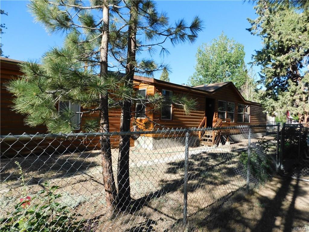 1021 Sierra Avenue Property Photo