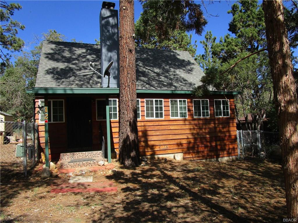 812 Sunset Lane Property Photo