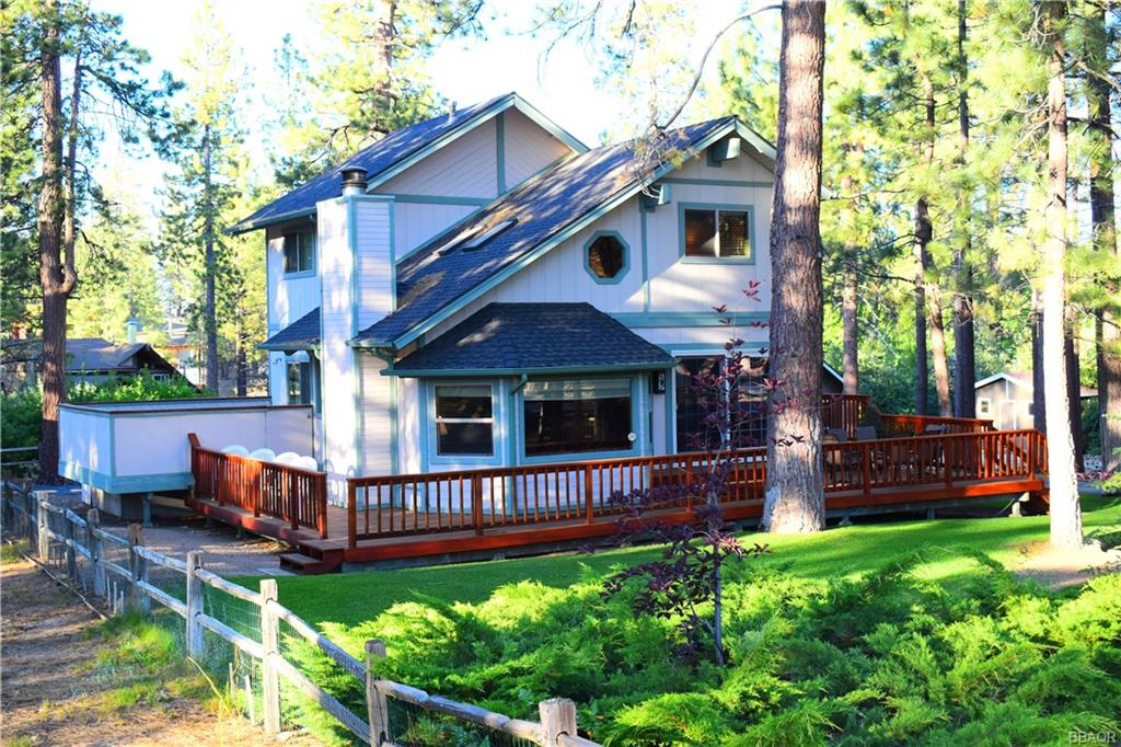 39930 Lakeview Drive Property Photo