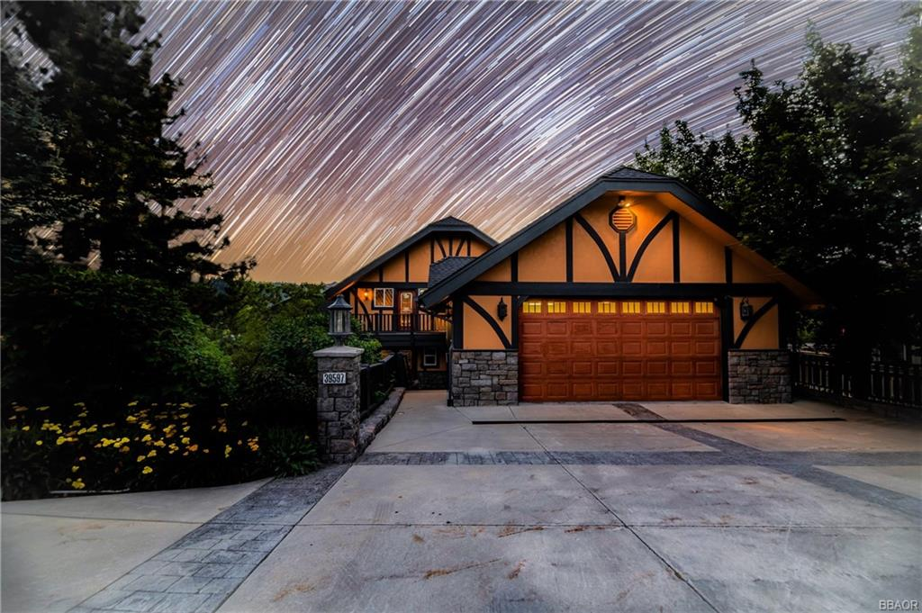 39597 Lake Drive Property Photo