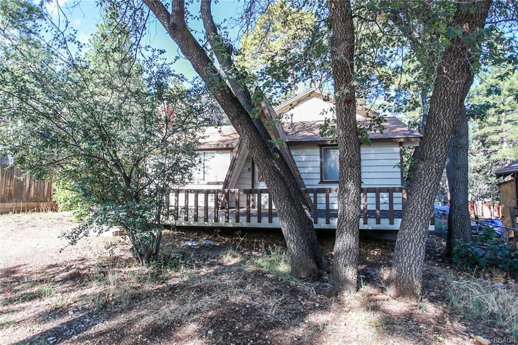 268 Leonard Lane, Sugarloaf, CA 92386 - Sugarloaf, CA real estate listing