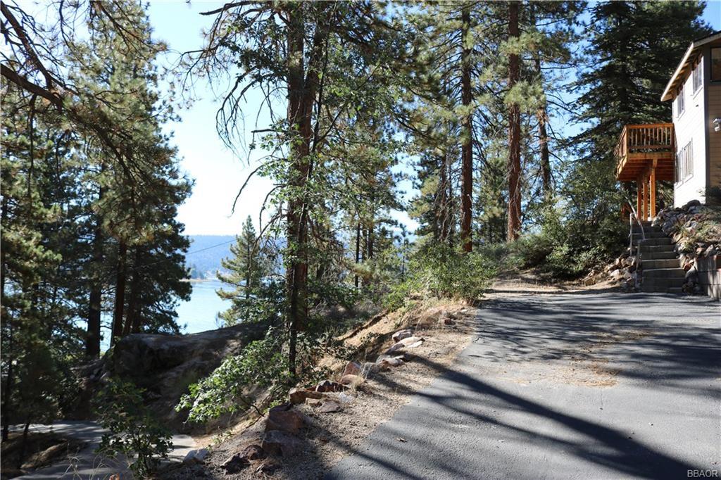 351 Pine Kone Lane, Fawnskin, CA 92333 - Fawnskin, CA real estate listing