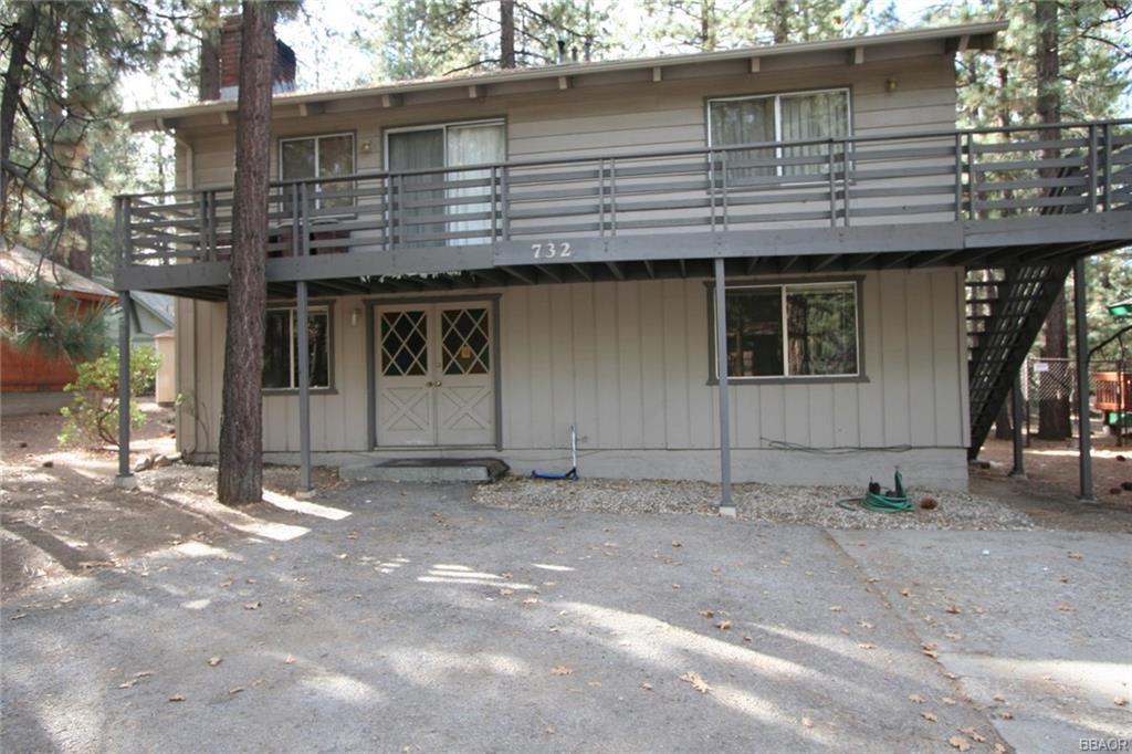 732 Summit Boulevard Property Photo