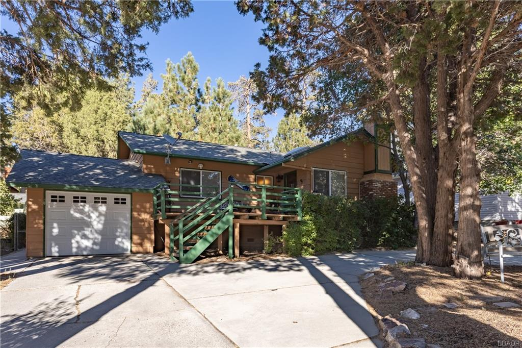 43102 Moonridge Road Property Photo