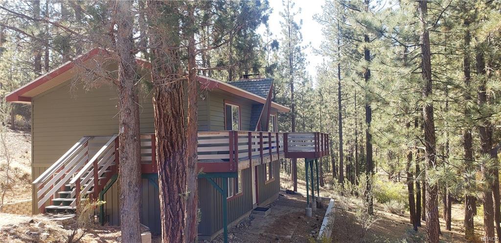1025 London Lane, Big Bear City, CA 92314 - Big Bear City, CA real estate listing