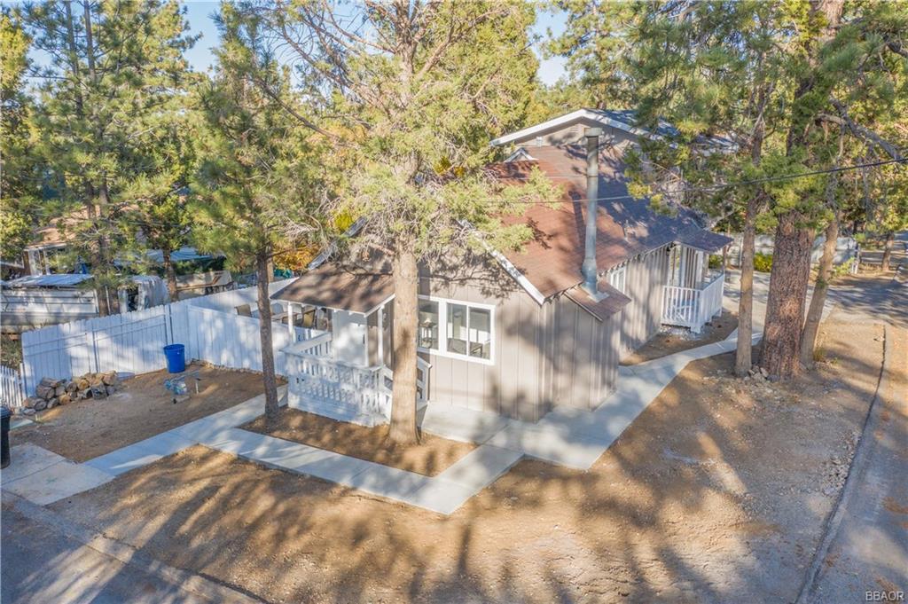 283 Kern Avenue Property Photo