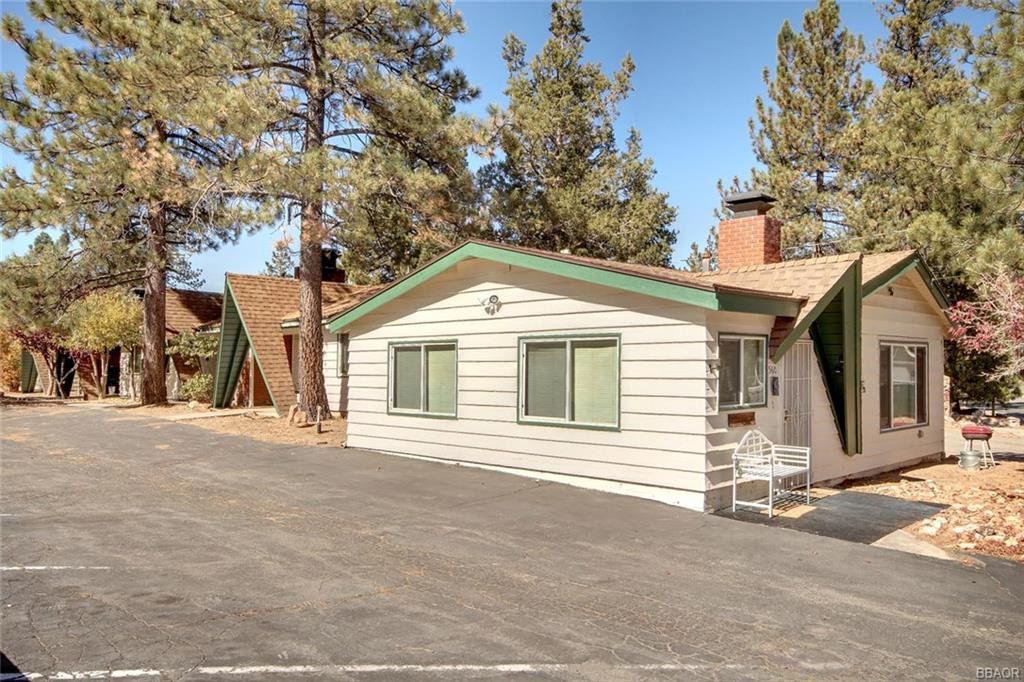 560 Edgemoor Road, Big Bear Lake, CA 92315 - Big Bear Lake, CA real estate listing