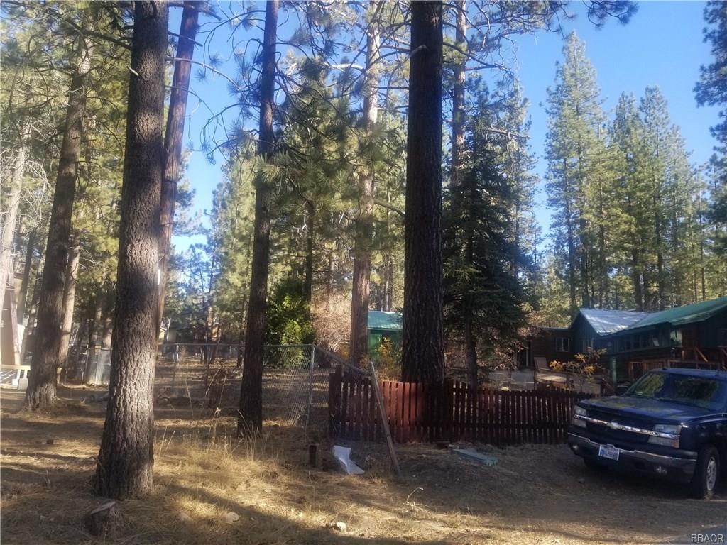 725 Edgemoor Road Property Photo