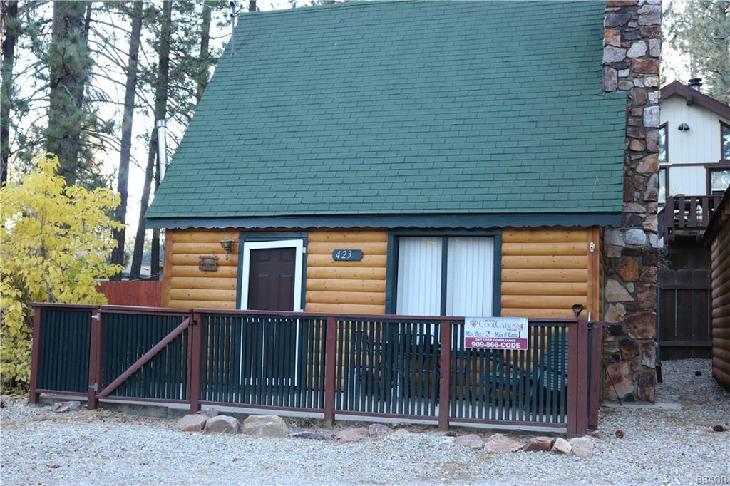 423 Mountainaire Lane Property Photo