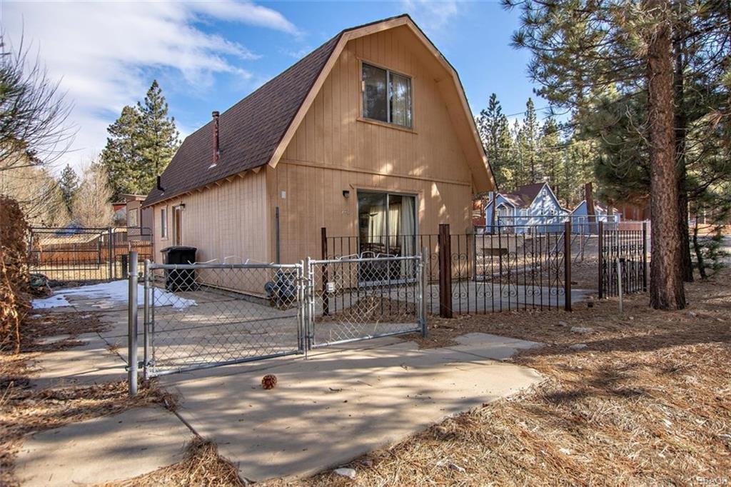 773 W Big Bear Boulevard Property Photo