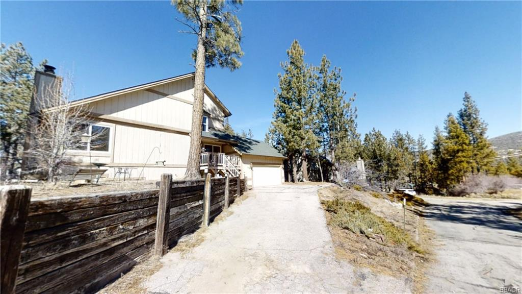 409 Meadowbrook Drive Property Photo