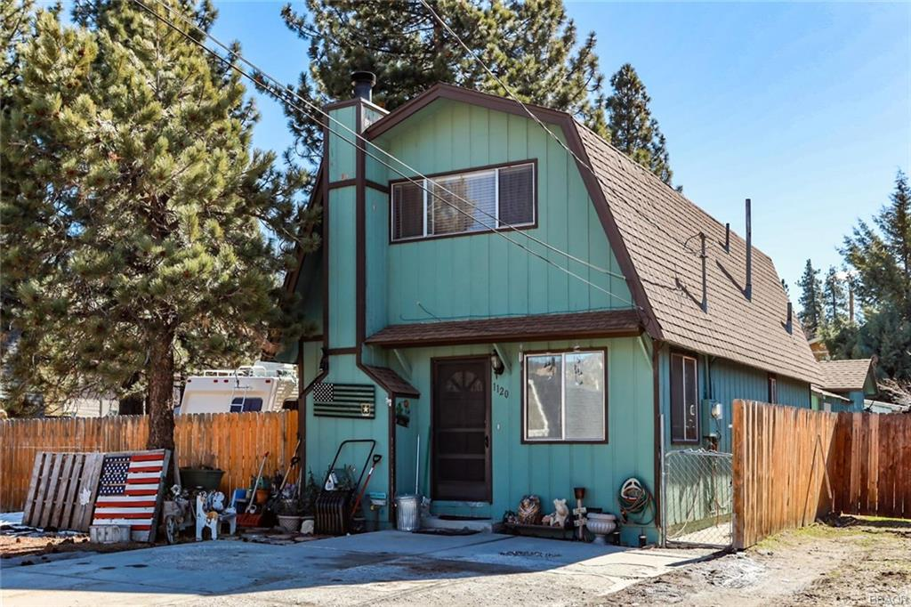 1120 W Country Club Boulevard Property Photo - Big Bear City, CA real estate listing