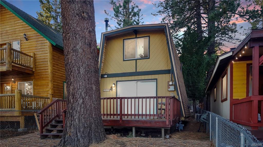 42683 Falcon Avenue Property Photo