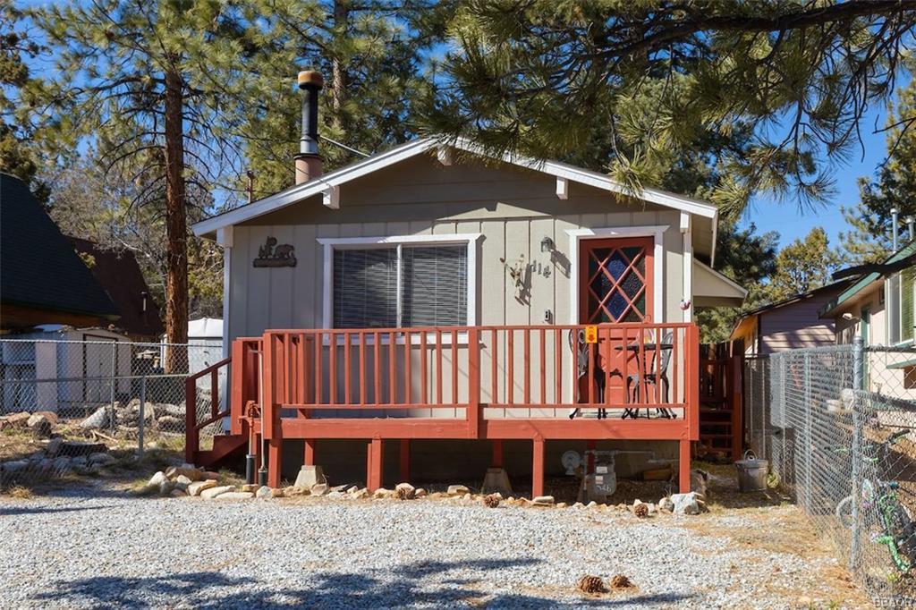 114 Victoria Lane, Sugarloaf, CA 92386 - Sugarloaf, CA real estate listing