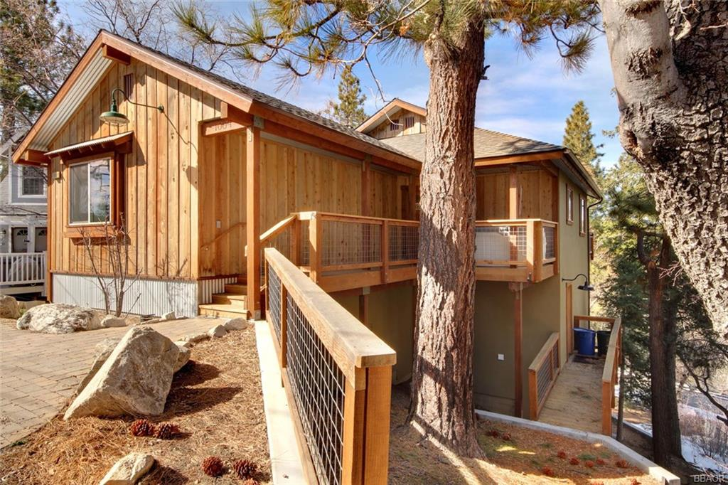 1009 Fenway Drive, Big Bear City, CA 92314 - Big Bear City, CA real estate listing