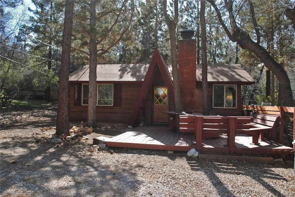 212 Moreno Lane, Sugarloaf, CA 92386 - Sugarloaf, CA real estate listing