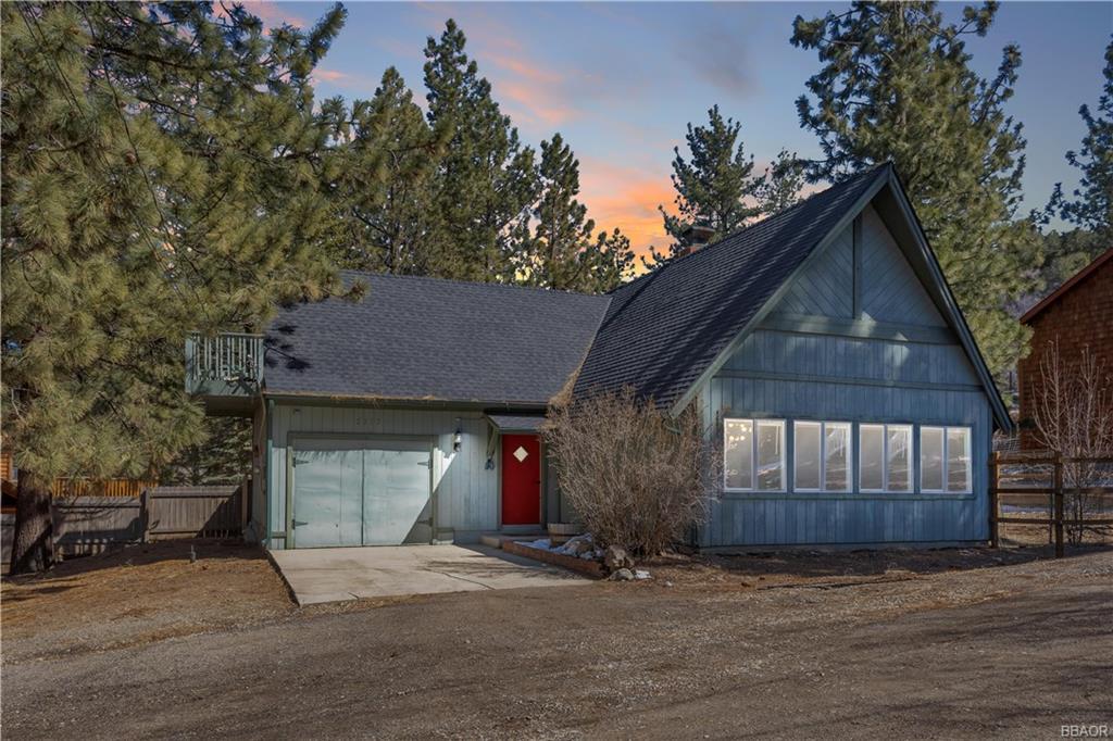2157 Mariposa Lane Property Photo
